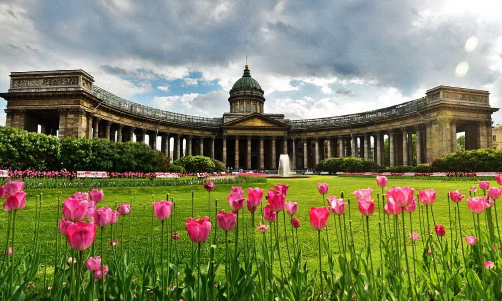 Saint-Petersburg City Introductory Tour.